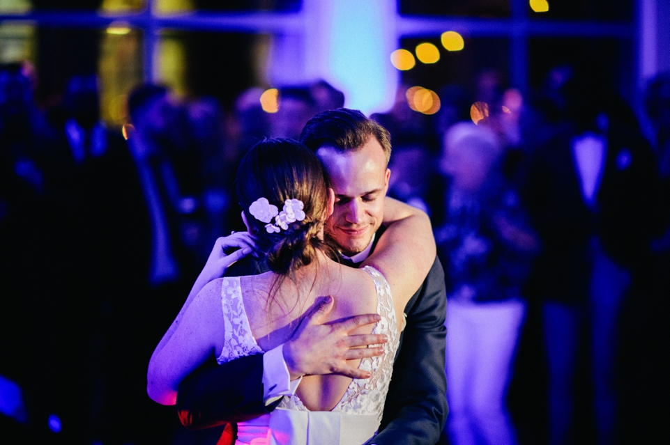 huwelijksdans bruid en bruidegom