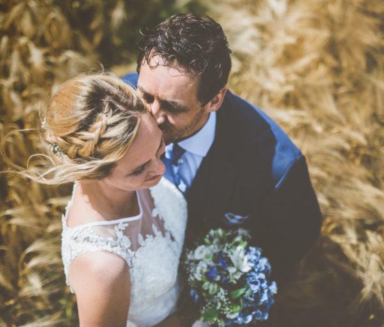Fotoshoot van bruid en bruidegom op hun trouwfeest in België door Event'L