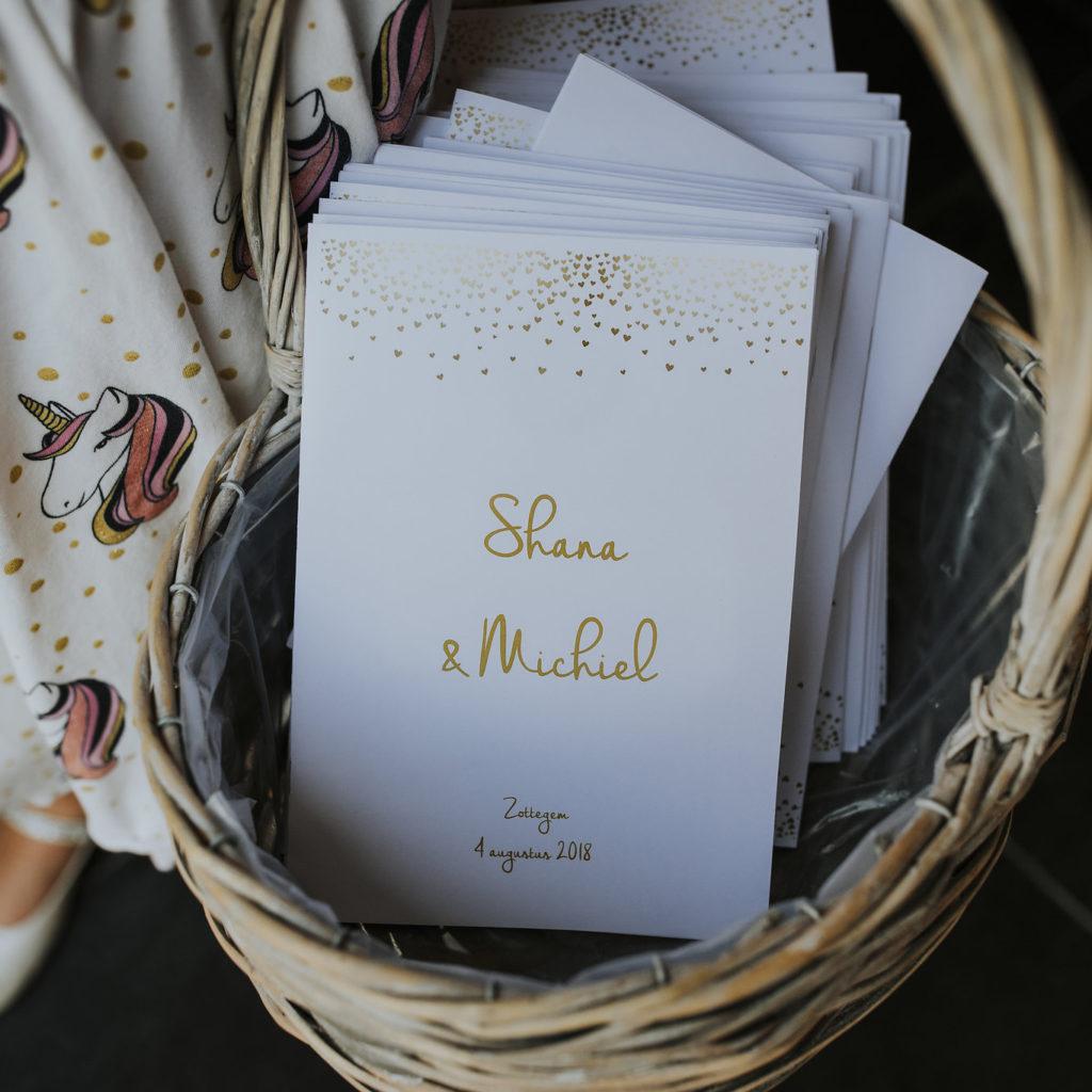 Ceremonie boekjes huwelijk Shana en Michiel
