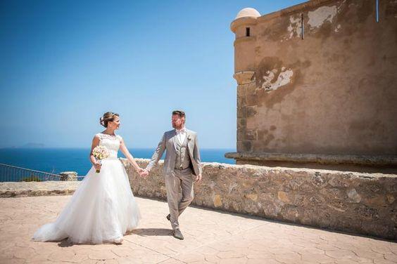 Bruid en bruidegom in buitenland