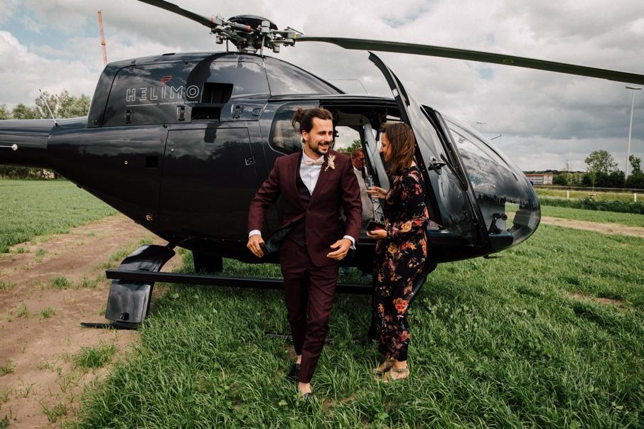 Event'L helpt bruidegom bij landing helikopter